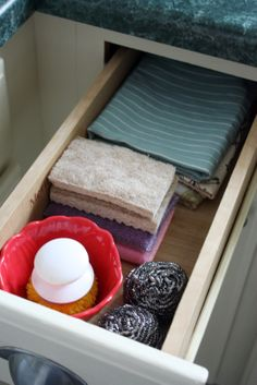 keep dish scrubber in a pretty bowl - Heart Organizing: It's HERE! The Kitchen Cabinet Tour!!