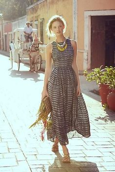 Shibori Maxi Costume (Been looking for extra Angelic rady-to-wear. It's powerful Shibori Maxi Costume (Been looking for extra Angelic rady-to-wear. Pretty Summer Dresses, Beautiful Dresses, Gorgeous Dress, Summer Dresses For Women, Summer Outfits, Dress Outfits, Dress Up, Cute Outfits, Dresses Dresses