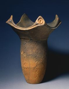 Cooking Vessel, c. 2500 BC,Japan, Middle Jomon Period (c.The ancient Jømon people lived on Japan's coast beginning about bc. Their settlements have revealed numerous artifacts essential to everyday life in a hunting and gathering society. Japanese Ceramics, Japanese Pottery, Japanese Art, Ceramic Clay, Ceramic Pottery, Jomon Period, Jomon Era, Old Pottery, Vases
