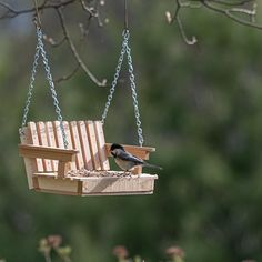 Homemade Bird Feeders, Grandparent Gifts, Retirement Gifts, Handmade Items, Handmade Gifts, Summer Activities, Swings, Thank You Gifts, Porch Swing
