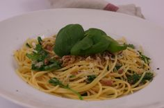 Pasta with Crispy Proscuitto&Arugula in a Lemon-Infused Wine Sauce