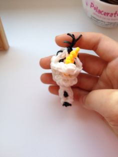 3d olaf ( topper on pencil )