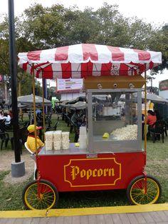 Traditional Popcorn Cart - Lima, Perú