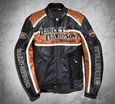 Empowered by heritage and designed to go the distance. With its innovative venting system and removable liner, this motorcycle jacket delivers maximum airflow to regulate your body temperature. So, get going. The road is waiting. | Harley-Davidson Men's Classic Cruiser Leather Jacket