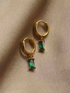 Ear Jewelry, Cute Jewelry, Jewelry Accessories, Jewelry Shop, Sterling Silver Jewelry, Gold Jewelry, Jewelery, Ear Piercings, 18k Gold