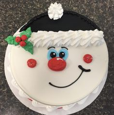 Q Christmas Themed Cake, Christmas Cake Designs, Christmas Cake Topper, Christmas Cake Decorations, Christmas Cakes, Christmas Sweets, Holiday Cakes, Christmas Cooking, Buttercream Cake Designs