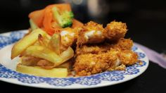 Fish Goujons New Recipes, Cooking Recipes, Tray Bakes, Chicken Wings, Cod, Broccoli, Food And Drink, Menu, Cooking