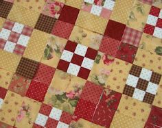 Blueberry Pie quilt pattern from knotgarden dot blogspot dot com....the pattern is from a book called Buttermilk Farm by Black Mountain Quilts.