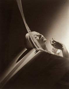 """Lisa Fonssagrives in """"Lisa with Turban, 1940.""""  Photo by Horst P. Horst.  Vogue, 1940."""
