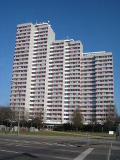 Kollektiv der Deutschen Bauakademie (Leitung Hermann Henselmann), Grossplattengebäude; Type WHH-GT, Leninplatz, 1968-70