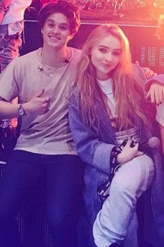 Sabrina Carpenter // Middle of the Night tour 2017 Will Simpson, Brad Simpson, Girl Meets World Josh, Disney Girls, Disney Xd, Sabrina Carpenter Style, Famous Girls, The Vamps, Her Music