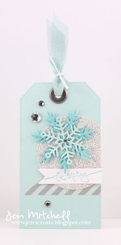 This week at Tis The Season is an inspiration challenge. The colors and sparkly bits are what inspired...