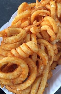 junk food Food For Life - - food I Love Food, Good Food, Yummy Food, Yummy Snacks, Best Junk Food, Tasty, Junk Food Snacks, Food Goals, Cafe Food