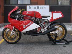 1988 Ducati F1 750 Cafe Racer.