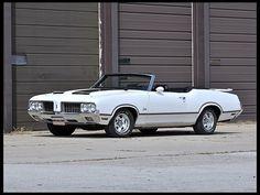 1970 Oldsmobile Cutlass Pace Car Convertible 350 CI, 4-Speed