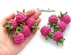 Raspberry crochet (1 pc) - berries crocheted - Raspberries - small Scullion - Seasons - Eco-friendly - Play food - toys - Ready to ship