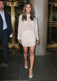 Ciara leaves NBC Studios in New York City in a Zara top and skirt. Ciara Style, Look Fashion, Fashion Outfits, Womens Fashion, Fashion Tips, Feminine Fashion, Fashion 2017, Celebrity Outfits, Celebrity Style