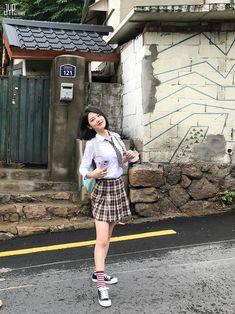 Korean Beauty, Asian Beauty, School Girl Fancy Dress, Teen Images, Prettiest Actresses, Girls In Mini Skirts, Ulzzang Korean Girl, Korean Girl Fashion, Uzzlang Girl