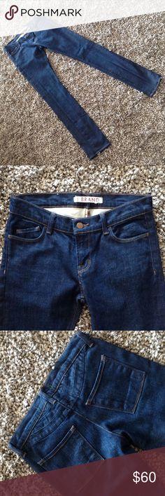 "J Brand Skinny ""Stockhom""adorable backside jeans! J Brand size 26 Jean never worn or washed. Stockhom skinny jean. 98 percent cotton 2 percent elastaine. Jeans Skinny"