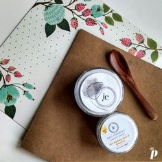 Juicy Chemistry: Red Rasberry Seed and Spearmint Day Cream & Tea Tree and Charcoal Face Mask Review