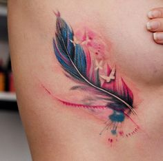 Watercolor tattoo: the colorful trend among tattoos – Watercolor tattoo: the colorful trend among tattoos – Aquarell Tattoo: der bunte Trend unter Tätowierungen – Aquarell Tattoo: der bunte Trend unter Tätowierungen – Side Tattoos, Trendy Tattoos, New Tattoos, Body Art Tattoos, Small Tattoos, Tattoos For Women, Tatoos, Dainty Tattoos, Colorful Tattoos