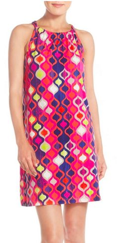 Love this brightly colored shift dress
