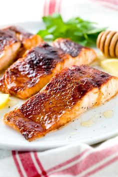 Broiled Salmon with Molasses Glaze - A delicious and easy fish recipe with bold spicy flavors that's ready in under 30 minutes and that your whole family will enjoy. | jessicagavin.com
