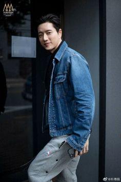 Korean Fashion Men, Korean Men, Korean Actors, Korean Wave, Park Hye Jin, Button Up Shirts, Denim Button Up, My Love From The Star, Love Park