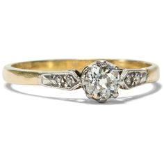 When a man loves a woman - Antiker Goldring mit 0,32 ct Diamant-Solitär, Großbritannien um 1920 von Hofer Antikschmuck aus Berlin // #hoferantikschmuck #antik #schmuck #Ringe #antique #jewellery #jewelry // www.hofer-antikschmuck.de