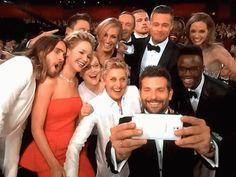 Bradley Cooper para clicar os rostinhos de ninguém menos que Jared Leto, Jennifer Lawrence, Meryl Streep, Bradley Cooper, Channing Tatum, Julia Roberts, Kevin Spacey, Brad Pitt, Angelina Jolie, Lupita Nyong'o e seu irmão, Peter Nyong'o Jr