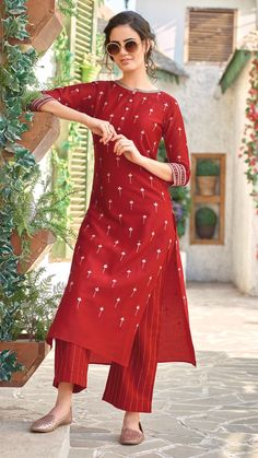 Shop Red color long kurti set in cotton fabric online from India. Red Kurti Design, Silk Kurti Designs, Salwar Designs, Kurta Designs Women, Kurti Designs Party Wear, Latest Kurti Designs, Short Kurti Designs, Indian Fashion Dresses, Dress Indian Style