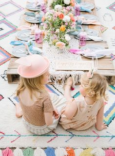 To kick off the celebrations, we're sharing this super adorable, bright boho kids Easter party! Beijos Events likes to plan a shindig just for the kids! Party Favors For Adults, Kids Party Themes, Party Ideas, Easter Party, Easter Table, Bunny Party, Cute Kids Fashion, Fashion Children, French Kids