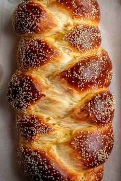 Sweet Bread is a soft, lightly sweetened enriched bread loaf that can be eaten as is, with butter, made into a french toast or as a french toast casserole. Brioche Bread, Bread Bun, Bread Rolls, Challah Bread Recipes, Bread Cake, Pan Dulce, Baking Recipes, Dessert Recipes, Easter Recipes