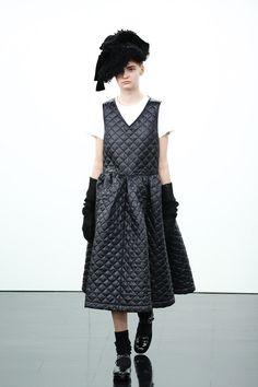 [No.68/69] tricot COMME des GARÇONS 2014~15秋冬コレクション   Fashionsnap.com