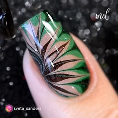 Jun 2019 - Freshly-painted nails are what you need😍 Cute Nails, Pretty Nails, Marble Nails Tutorial, Nail Art At Home, Diy Nails At Home, Marble Nail Art, Water Marble Nails, Beach Nails, Nail Art Videos