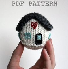 Customize this Little House Knitting Pattern to match the colors of your house!  Great wedding, new home or first home gift! Knitting Pattern NEW / Little House / New by FiftyFourTenStudio, $4.75