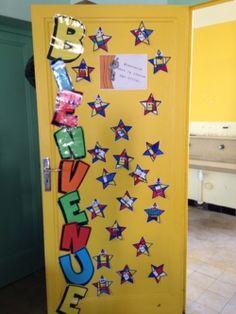 D co de portes on pinterest classroom door deco and for Decoration de porte halloween
