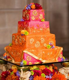 All the Desi colors that we love! Indian Bridal Couture Indian Wedding Cakes by Soma Sengupta Lawyer Indian Cake, Indian Wedding Cakes, Indian Weddings, Indian Bridal, Indian Theme, Indian Style, Take The Cake, Love Cake, Gorgeous Cakes