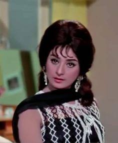 Aishwarya Rai Young, Bollywood Outfits, Punjabi Dress, Vintage Bollywood, Indian Bridal Fashion, Indian Movies, Beautiful Bollywood Actress, Beautiful Girl Image, Real Beauty