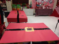Super creative classroom decor for the a polar express or holiday party. classroom tables covered in red butcher paper and and a belt made from duct tape. Ward Christmas Party, School Christmas Party, Preschool Christmas, Christmas Party Decorations, Xmas Party, Christmas Themes, Holiday Parties, Holiday Fun, Christmas Holidays