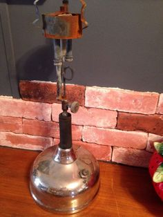 Coleman Quick-Lite Double Burner Gas? Lamp Light Lantern Antique Steampunk USA