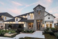 Find new homes in Travisso Siena Collection. Search floor plans, school districts, get driving directions and more for Travisso Siena Collection homes in Leander, TX. Siena, Luxury Floor Plans, Taylor Morrison Homes, Austin Homes, Austin Tx, Curved Staircase, Model Homes, Estate Homes, Home Builders