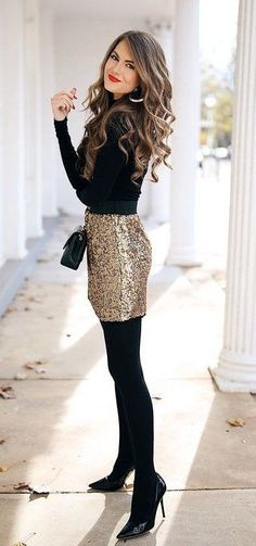 Silvester-Outfit-Ideen Awesome 45 Lovely Winter Outfits To Own This Moment / 02 - Women Fashion Ideas Sexy Winter Outfits, Winter Date Night Outfits, Winter Skirt Outfit, Dress Winter, Gold Skirt Outfit, Spring Outfits, Holiday Outfits Women, Winter Tights, Outfit Night