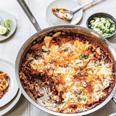 Mexican Skillet Lasagna Kathy Brennan & Caroline Campion Healthy Mexican Recipes, Skillet Lasagna, Smoothies, One Pot Dinners, Carne Picada, Ground Beef Recipes, Snack, Kids Meals, Cooking Recipes