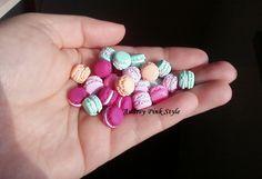 Earrings tiny stud Macaron France kawaii cute par AudreyPinkStyle, €7.00