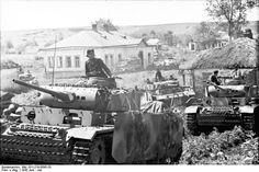 File:Bundesarchiv Bild 101I-219-0595-20, Russland-Mitte-Süd, Panzer III in Fahrt.jpg