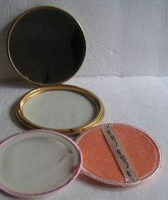 Compact Vintage  Compact by Fifth Rex AvenueArt Deco by QVintage, $25.00