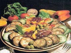 vcielkaisr-mojerecepty: Hovädzia roláda so zeleninou Sprouts, Potato Salad, Potatoes, Vegetables, Ethnic Recipes, Food, Meal, Potato, Eten