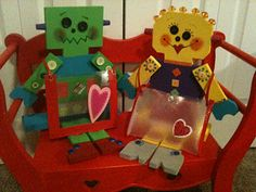 Robot Valentine Keepers! - adorable and fun Valentine craft to do with the kids!