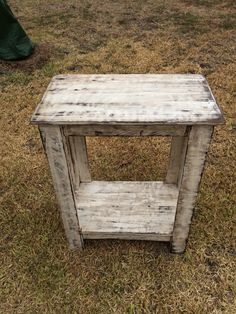End table made from a pallet then distressed